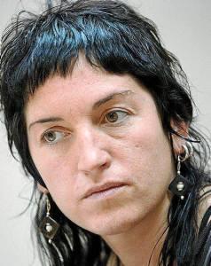 Bundesamt für Justiz kuscht vor Spanien + will Folteropfer Nekane Txapartegi ausliefern…