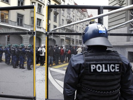 Anti-WEF-Demo: Polizei demonstriert ihre Macht in Bern