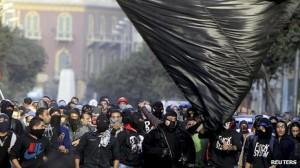 Repression und Todesdrohungen gegen black bloc – Mursi kürzt Europareise Programm