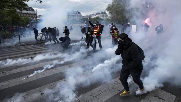 Demos, Blockaden und Bullen