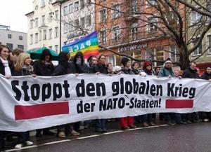 Proteste gegen die sogenannte Sicherheitskonferenz (SiKo) 2013 in München