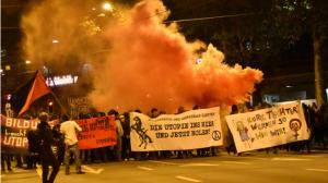 Fast 1000 Menschen in Bern zur Demo zum Reitschule-Jubiläum