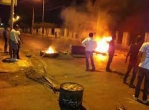 Riots, Generalstreik und niedergebrannte Bullenwache in Gabe/Tunesien